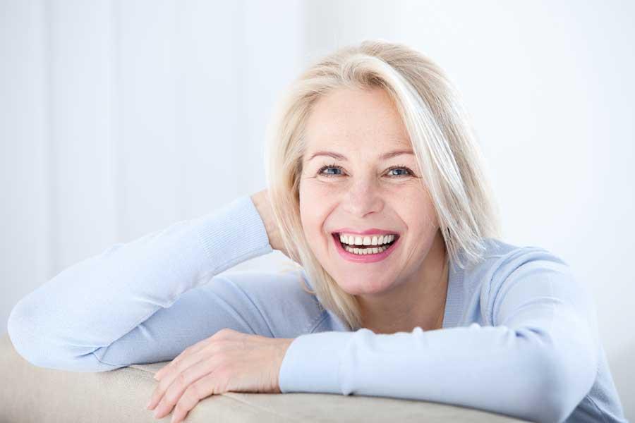 Donne e Menopausa: Affrontare il Cambiamento